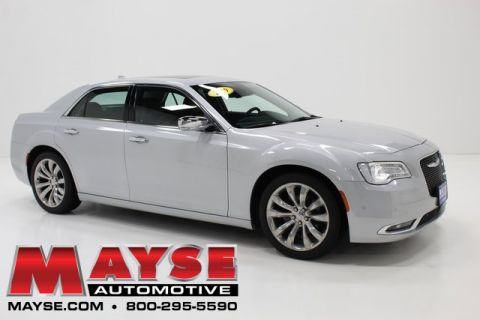 Pre-Owned 2019 Chrysler 300 Limited